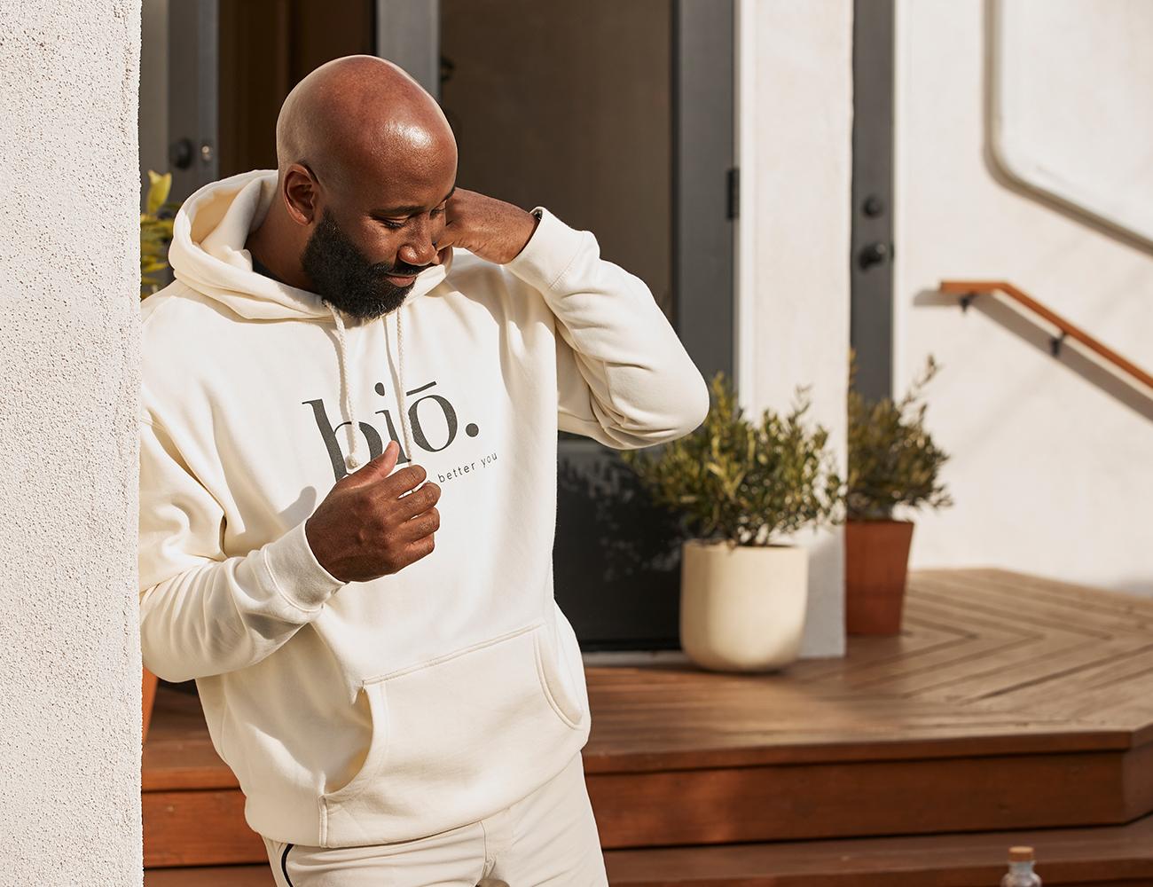 bio pullover | bone